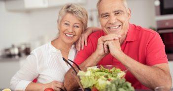 Seniors preparing healthy foods
